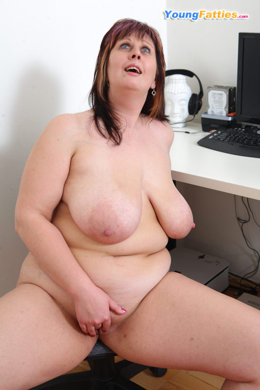 Chubby fat girls naked
